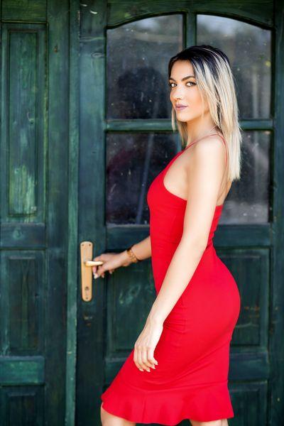 Renee Lovat - Escort Girl