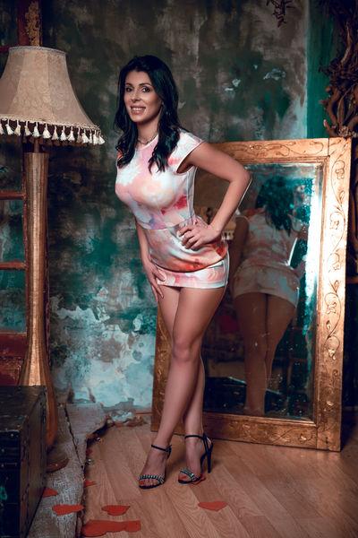 Cathy Strauss - Escort Girl