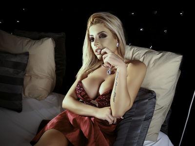 Sarah Lynne - Escort Girl
