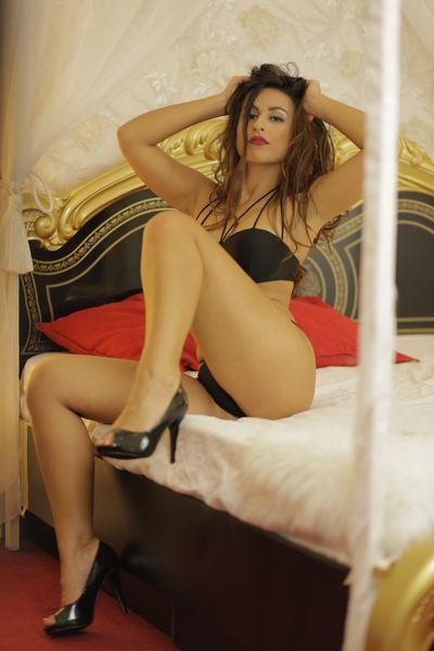 Sarah Reea - Escort Girl
