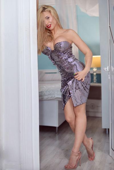 Sophya Katell - Escort Girl