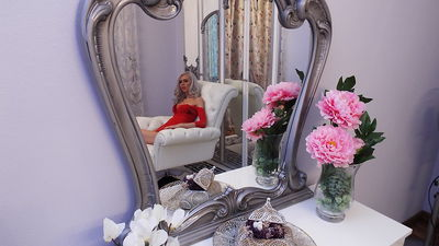 Katherine Houston - Escort Girl