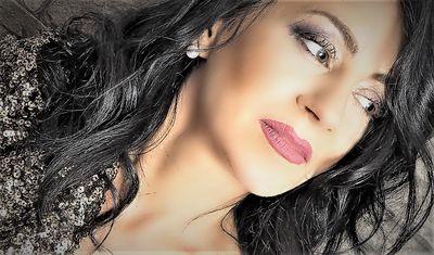 Tina Martin - Escort Girl