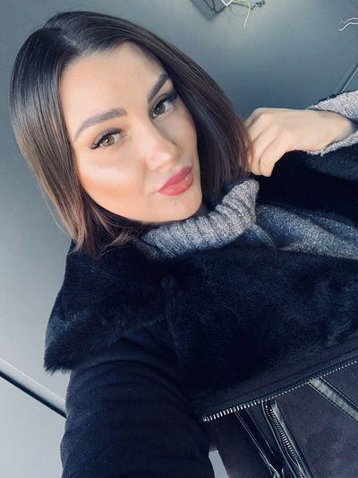 Nicole Miller - Escort Girl