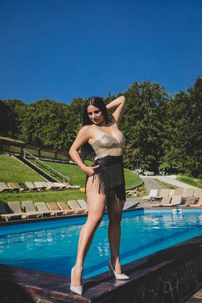 Victoria Junes - Escort Girl
