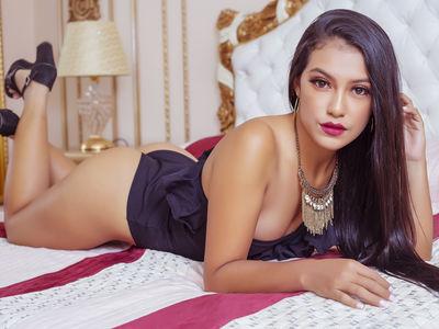 Klaudia Serano - Escort Girl