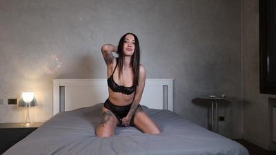 Alena Anais - Escort Girl
