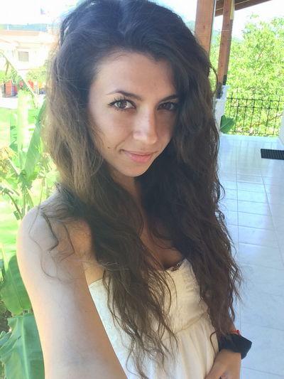 Alice Blum - Escort Girl