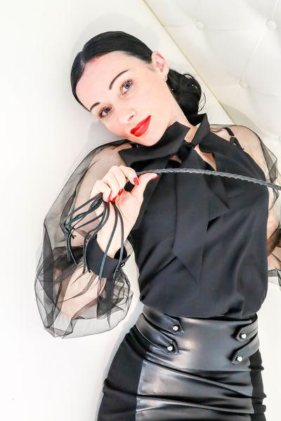 Alina Slinkova - Escort Girl