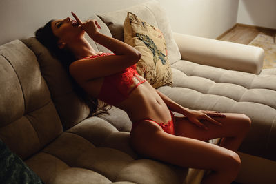 Ally Mistique - Escort Girl