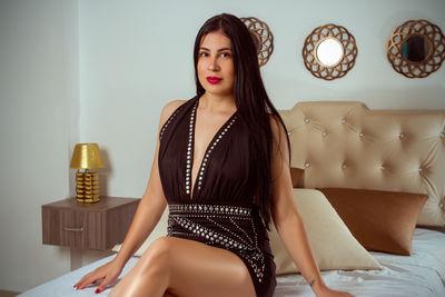 Ana Hilton - Escort Girl