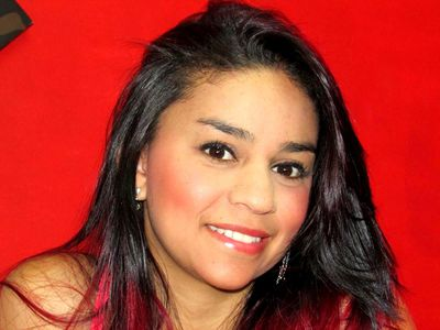 Anax Valente - Escort Girl