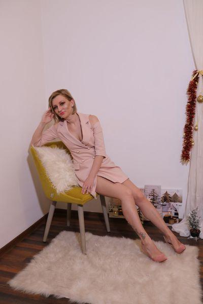 Ange Lia Carmela - Escort Girl