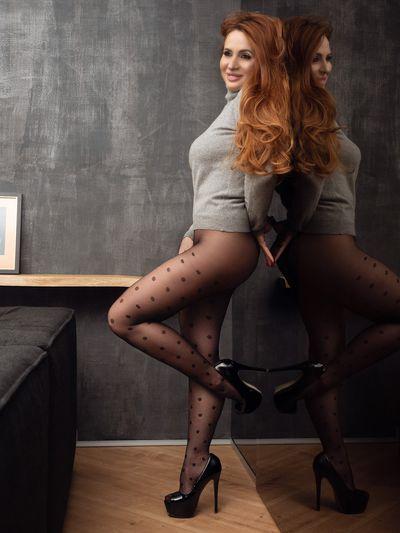 Anna Hatzi - Escort Girl