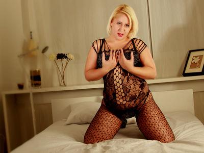Blonde Lorelle - Escort Girl