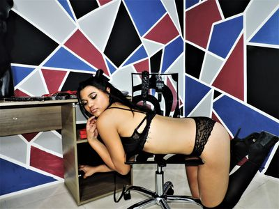 Camely Xtm - Escort Girl