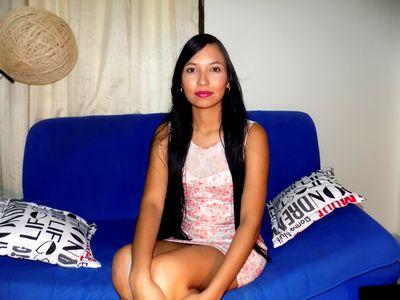 Canela Flor - Escort Girl