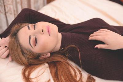 Cara Lagerfeld - Escort Girl