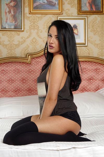 Carla V - Escort Girl