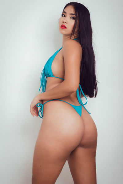 Cintya Wills - Escort Girl