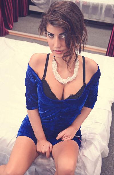 Cute Robertha M Ray - Escort Girl