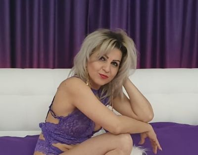 Debbie Wiliams - Escort Girl