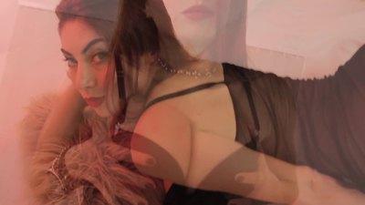 Diane Grey - Escort Girl