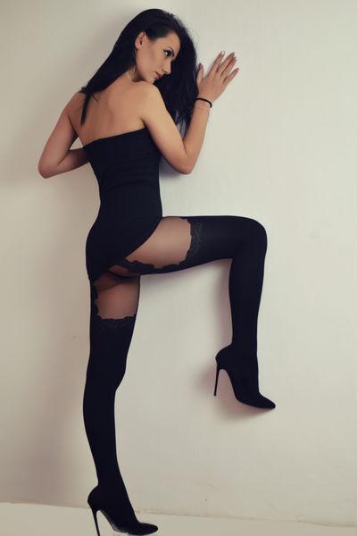 Dya Lust - Escort Girl
