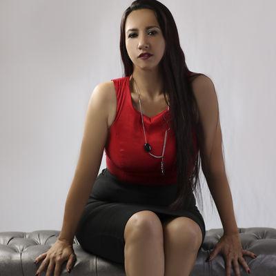 Emilia Bons - Escort Girl