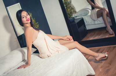 Eva Ozuna - Escort Girl