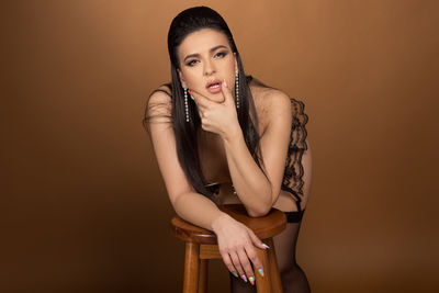 Jeanie Lynn - Escort Girl