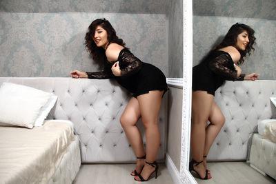 Kyra Elias - Escort Girl