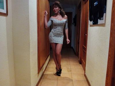 Latin Mami Hot - Escort Girl