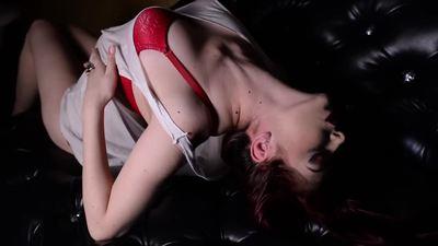 Lucy Cinnamon - Escort Girl