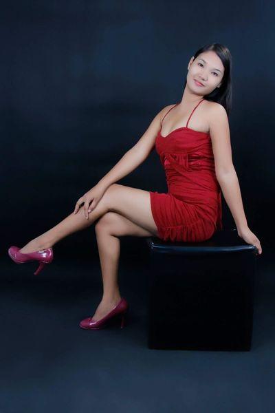 Lilly Gracia - Escort Girl