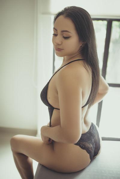 Linda Kramel - Escort Girl