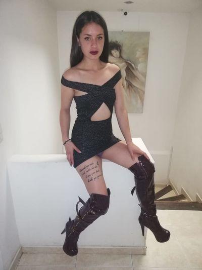 Madona Tracy - Escort Girl