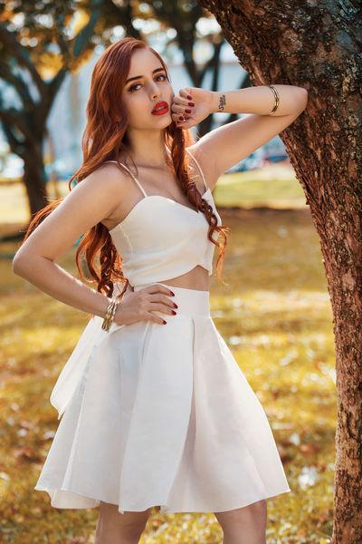 Maeve Carter - Escort Girl