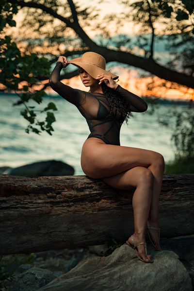 Malu Duforte - Escort Girl