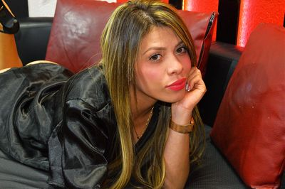 Mariana Glowing - Escort Girl
