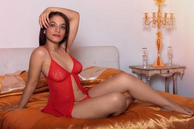Martina West - Escort Girl