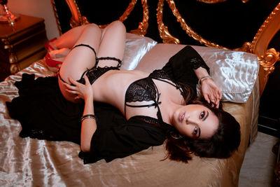Sandra Lynch - Escort Girl