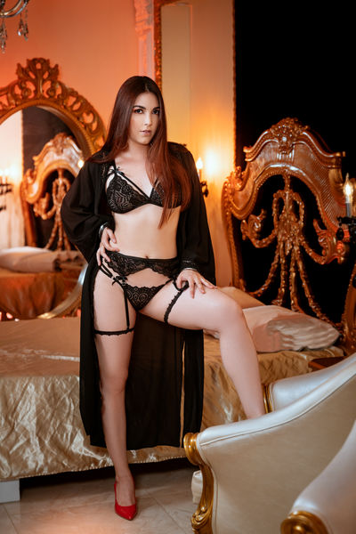Mia Romeo - Escort Girl