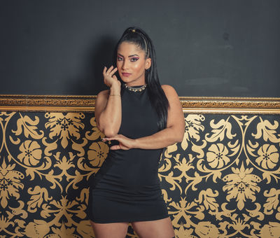 Mia Lujan - Escort Girl
