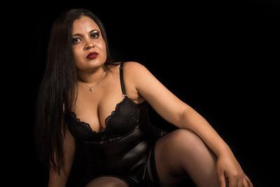 Nia Brown - Escort Girl