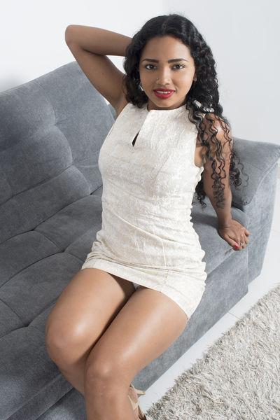 Pamela Stonne - Escort Girl