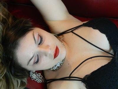 Olivia Larch - Escort Girl
