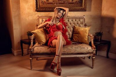 Rose Wine - Escort Girl