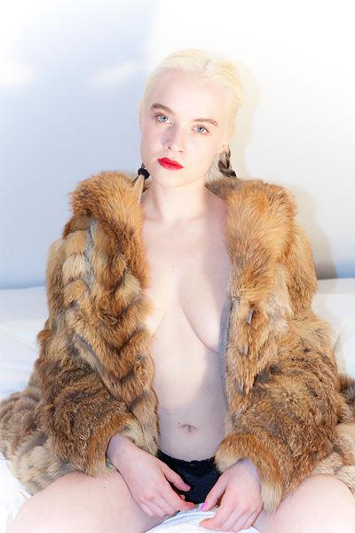Roxie Hart - Escort Girl