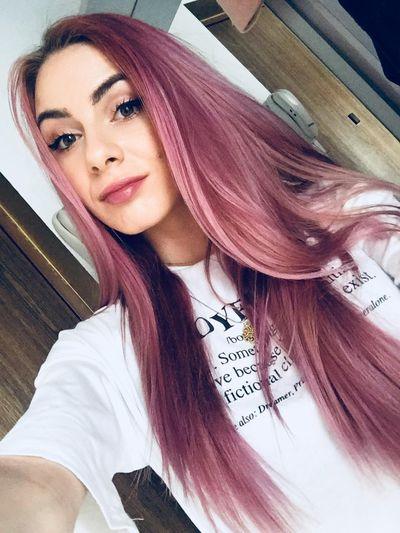 Sasha Lewis - Escort Girl